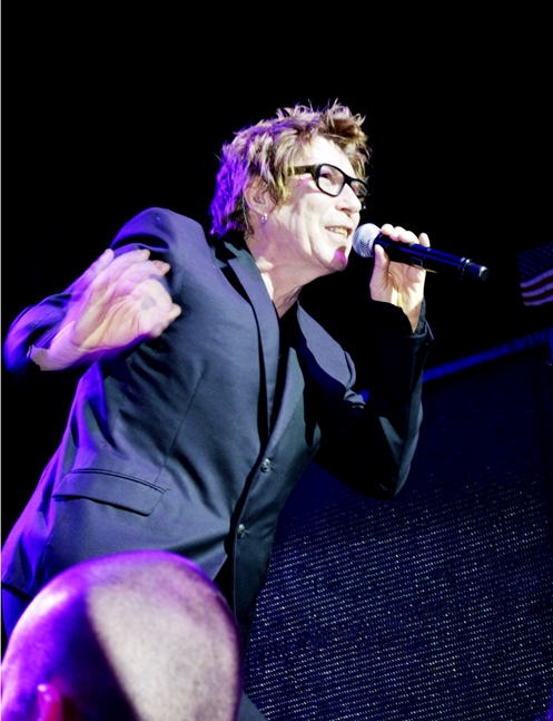 Richard Butler singing Wellmont Theater NJ