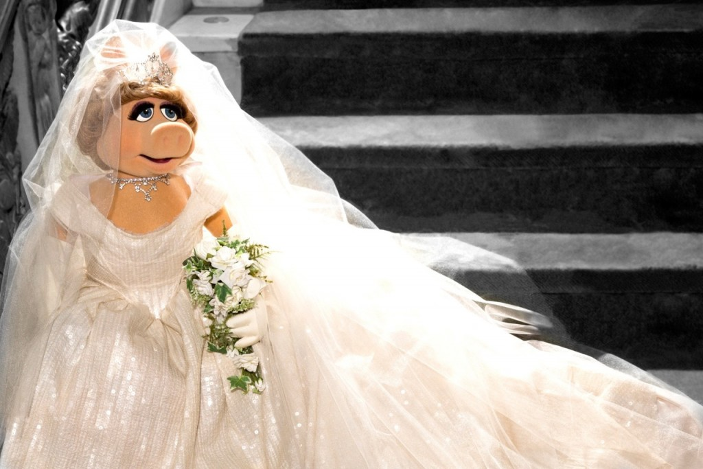 Miss Piggy in Vivienne Westwood gown Muppets Most Wanted